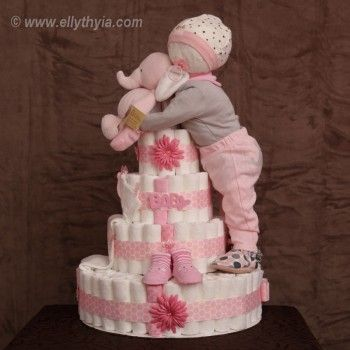 O bolo de fraldas mais legal que já vi até agora! girl+rhemed+Diaper+Cakes | ... and Baby Girl Diaper Cake - Toronto Diaper Cakes and Baby Gifts