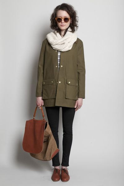 cognac colored oxfords + army green + ivory + black. nice travel palette and #traveloutfit