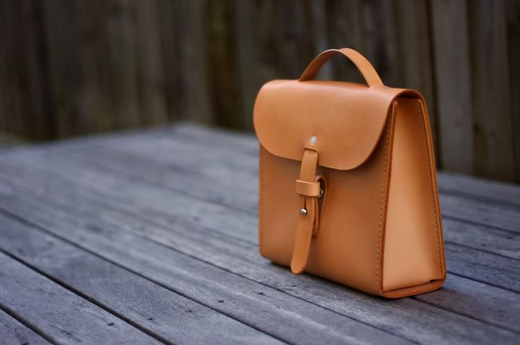Ped's & Ro Leather Blog: Project: Mini Tote