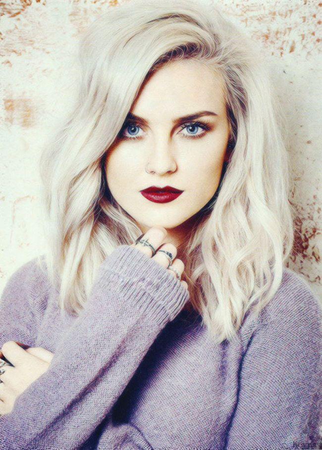 CARRE ONDULE qui prouvent que les cheveux gris peuvent être super sexy !
