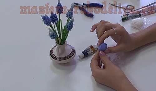 Master class on ceramic floral design: Muscari