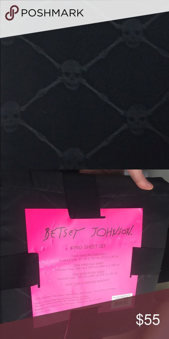 Betsey Johnson skull trellis crossbones king sheet King size sheet set 4 pieces includes a fitted sheet, flat sheet, and 2 king size pillow cases. NWT Betsey Johnson skull crossbones trellis pattern. Black Betsey Johnson Other