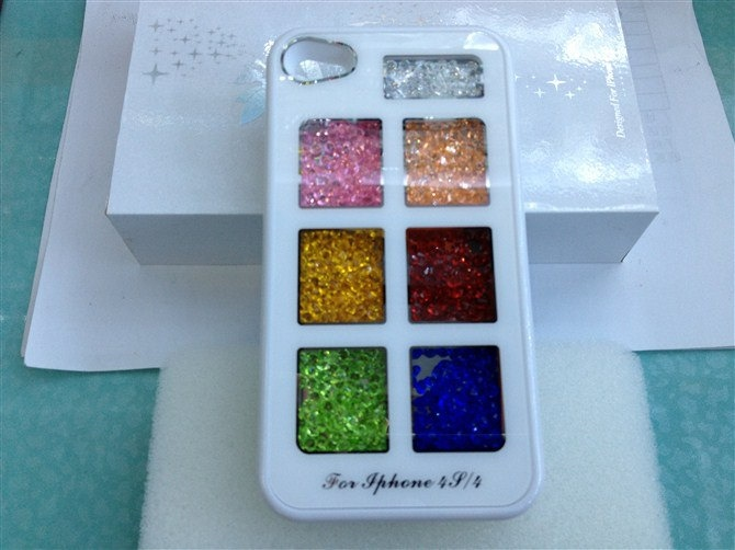 100% Swarovski crystal fox for iphone 4/4s case iphone 4/4s protective cover. $33.99, via Etsy.