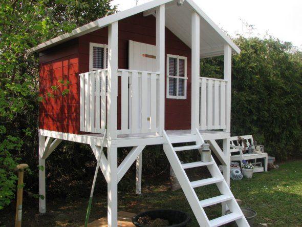 ber ideen zu spielhaus auf pinterest kinder spielhaus kinderspielhaus und stelzenhaus. Black Bedroom Furniture Sets. Home Design Ideas