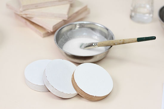 How to Make Traditional Gesso Using Acrylic Glue (with Pictures)