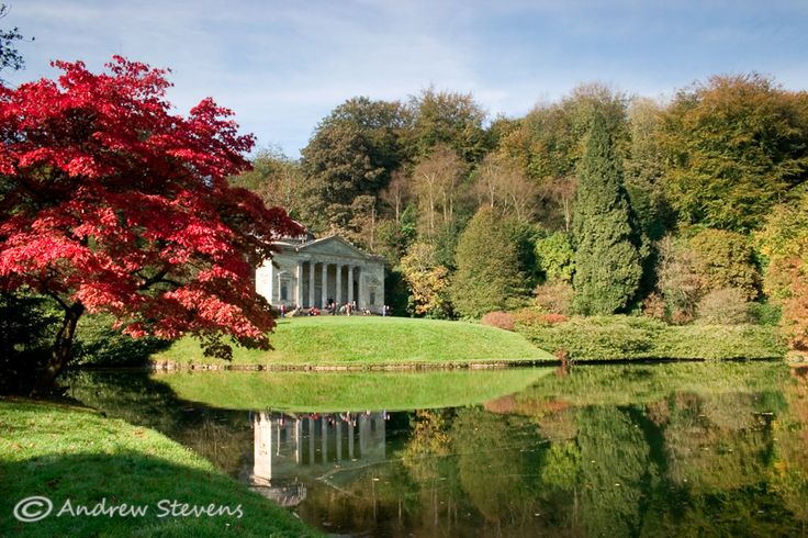 Stourhead (asp07-5919) A favourite shot of a favourite garden (and published various times too).