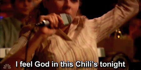 """We all know Pam was banned from Chili's for sneaking in drinks over 10 years ago.   Jenna Fischer, AKA Pam From """"The Office"""", Finally Returned To Chili's And It's The Best Thing"""