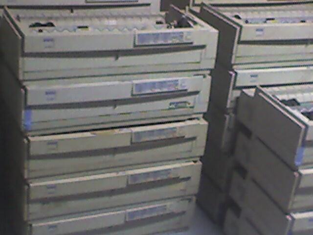 jual printer dot matrix EPSON LQ 2180  barang second dijamin masih baik  bisa untuk ngeprint dengan ukuran kertas double folio  cocok untuk kantor yang membutuhkan accutansi yang baik  dibanderol murah  hanya : Rp  450.000,- aja  stock terbatas  buruan contact kami melalui SMS :  085731273971 atau 03191917249  atau via email : jariefsang@yahoo.com