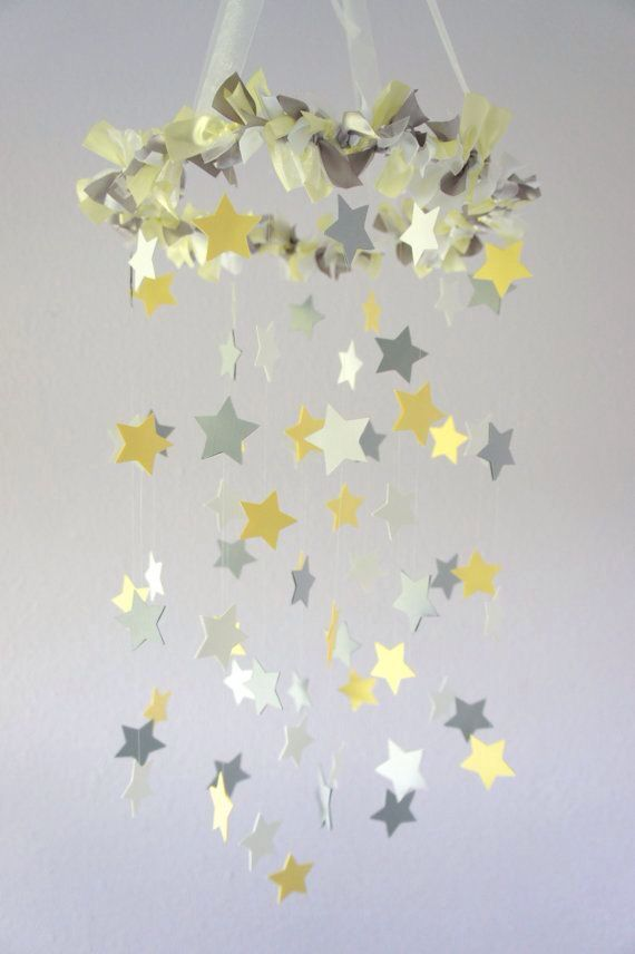 Baby Room Decoration #white #grey #yellow #neutral #unisex #mobile