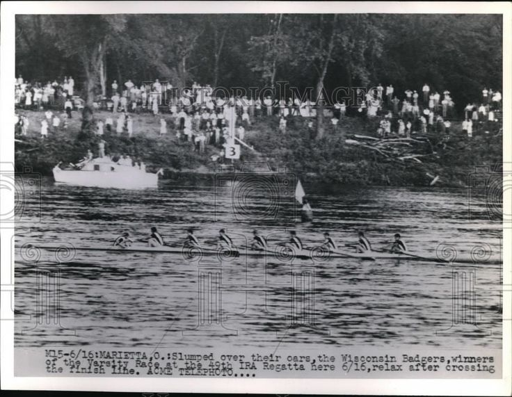 1951 Press Photo Marietta Ohio Wis Badgers crew wins varsity races