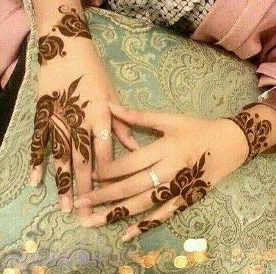 Lovely roses henna