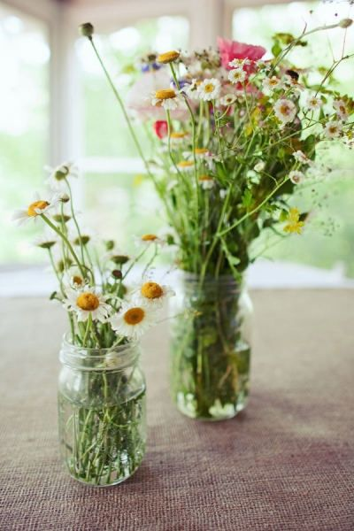 Wildflowers and jam jars: Wildflowers, Spring Flowers, Spring Decor, Flowers Arrangements, Kitchens Tables, Farmers Marketing, Fresh Flowers, Mason Jars, Wild Flowers