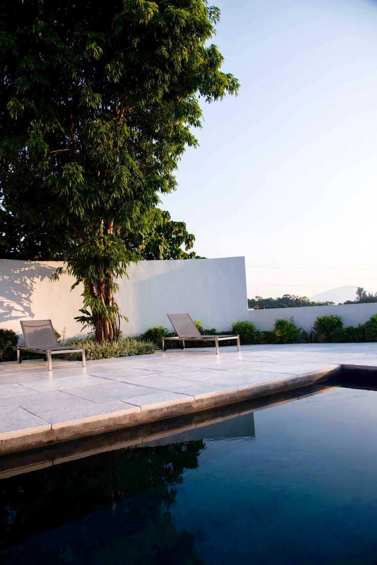 Hong Kong residence custom made floor #engineered #technique #by# the #pool #architecture