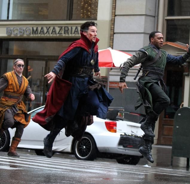 NEW YORK DAILY NEWS (April 2, 2016) ~ Benedict Cumberbatch and Chiwetel Ejiofor in New York City filming DOCTOR STRANGE on April 2, 2016. [Click for article and photo gallery]