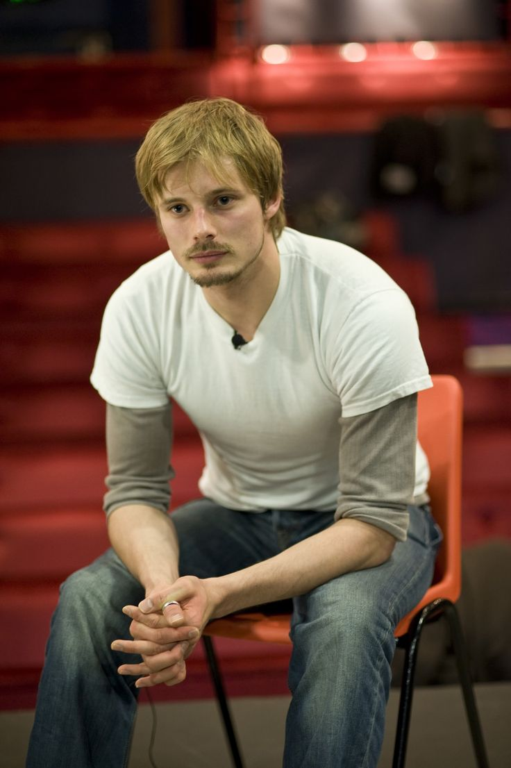 Bradley James...have I mentioned how much I love his scruff? and the thumb ring? <3 <3 <3