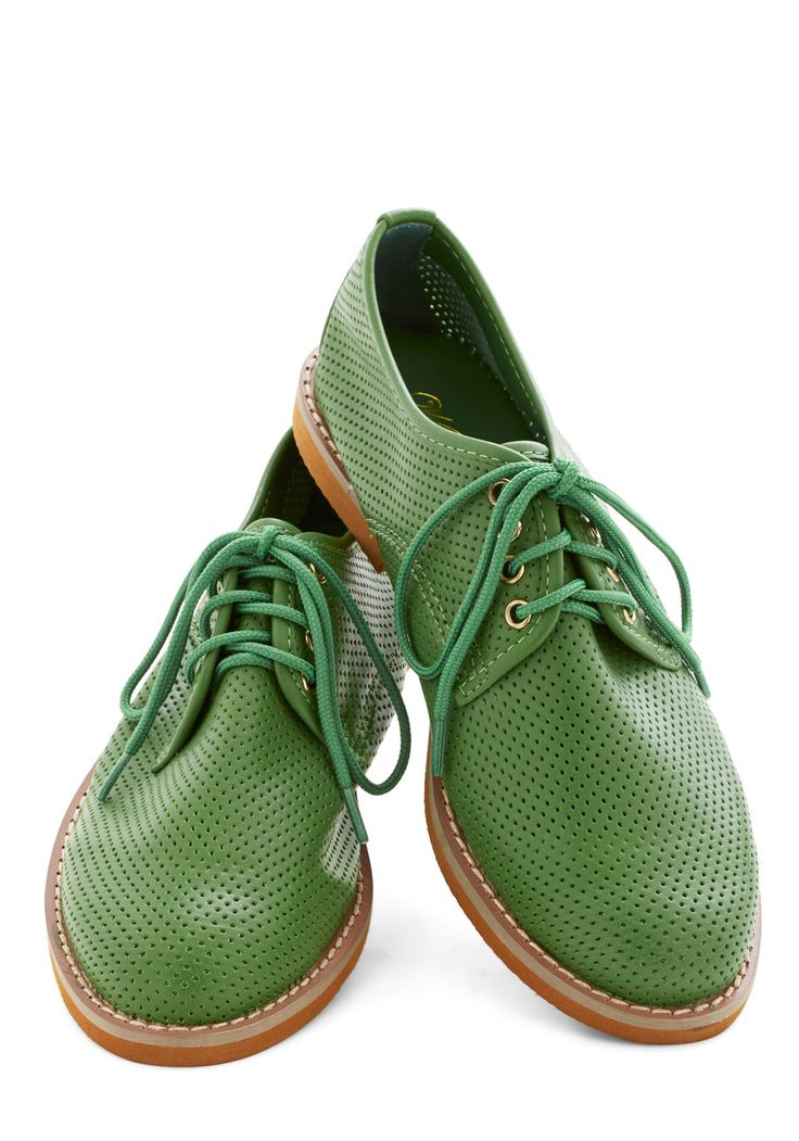 You Mow, Girl Flat. Nothing invigorates you like the scent of freshly-cut grass. #green #modcloth