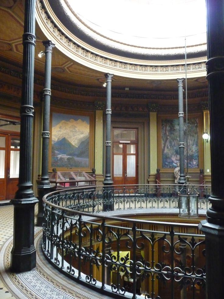 Hall central del Museo de Ciencias Naturales de La Plata, Buenos Aires, Argentina