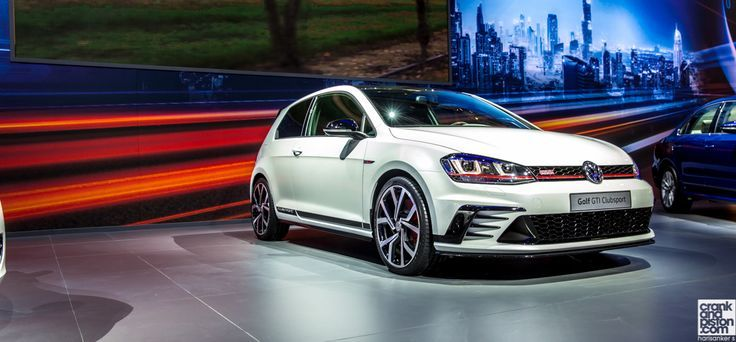 Volkwagen has revealed the new Golf GTI Clubsport as part of the Dubai Motor Sh