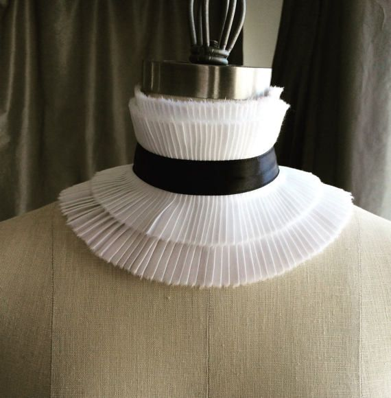 New Couture choker ruff/Ruffle choker// High neck choker/ sexy