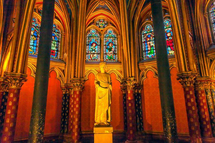 フランスのパリ中心部、シテ島にあるサント・シャペル教会はゴシック長の大変美しい教会。その名は聖なる礼拝堂の意で今では観光スポットとしても人気の場所です。今回はそんなサント・シャペル教会の魅力に迫りたいと思います。 |フランス, ヨーロッパ, 建築, 絶景|旅行・観光のおすすめまとめ「wondertrip」