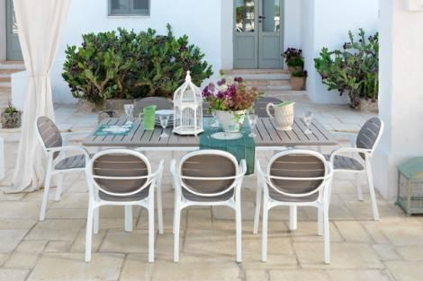 NARDI ALLORO 9 PIECE DINING SETTING WITH EXTENDIBLE TABLE