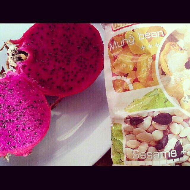 Dragon fruits & special cereals