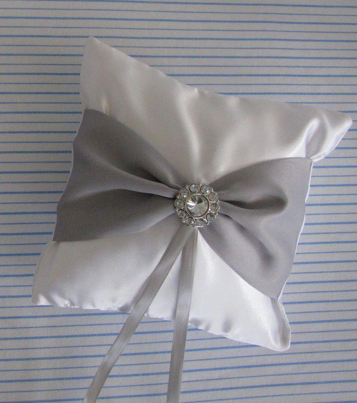 Elegant Ring Pillow & 8 best Pillow images on Pinterest | Cushions Ring bearer pillows ... pillowsntoast.com