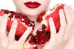 Maschere Viso Con La Melagrana: Ricette Fai Da Te >>> https://www.piuvivi.com/bellezza/maschera-viso-melograno-ricette-fai-da-te-melagranata.html <<<