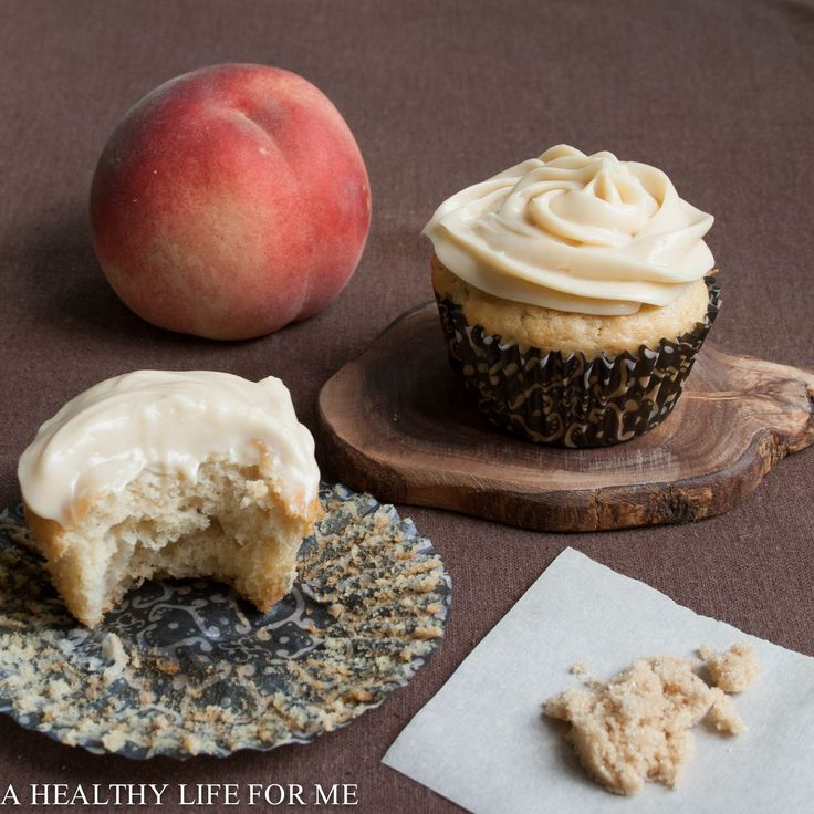 White Peach Cupcakes with Brown Sugar Frosting | Recipe