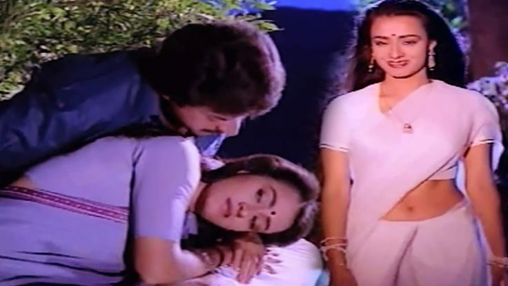 Romantic Scene of The Day - Actress Amala Romantic Video Song with Mammootty