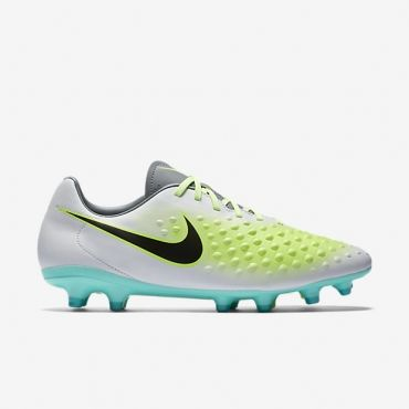39b338f15c8 22 best New Soccer Cleats   Superfanas.lt Online Shop images on Pinterest