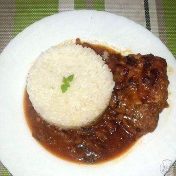 Vepřové karé s hořčicí na sladké cibuli s rýží - Netradiční chuť
