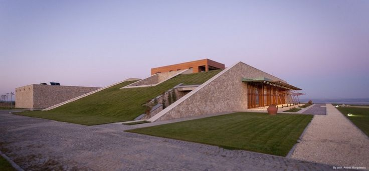 Sculptural Architecture - Nigel Henbury - e-architect