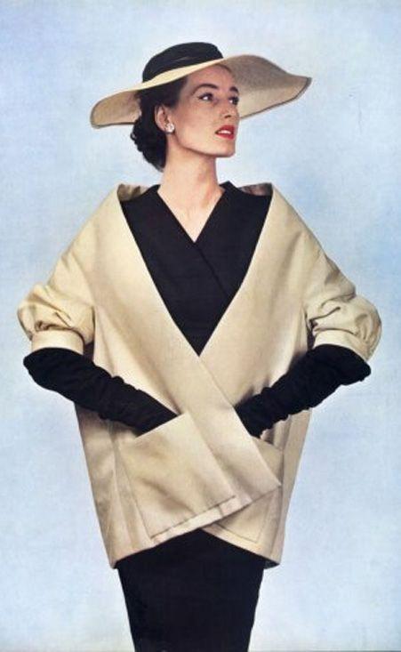 Dior 1953                                                       …