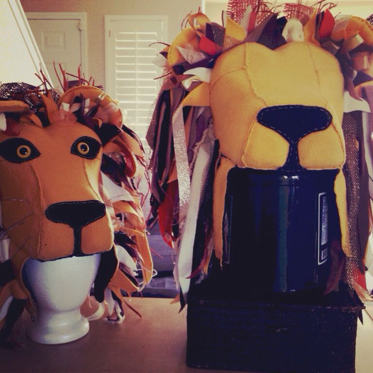 """""""Almost"""" ready to go on sale! Harry Potter Luna's lion head hat. 4 weeks and counting of work. Worth it! #HarryPotter #Luna #lion #hat #etsy #ebay #costume #collector"""