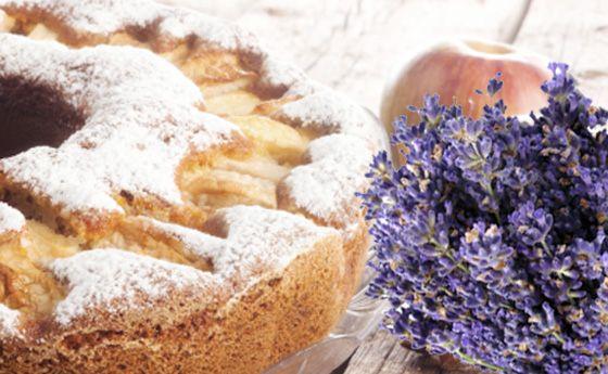 Dolci senza burro: torta di mele all'aroma di lavanda | Cambio cuoco