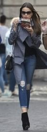 Modern Family's Sofia Vergara tucks into tiramisu in Rome | Daily Mail Online