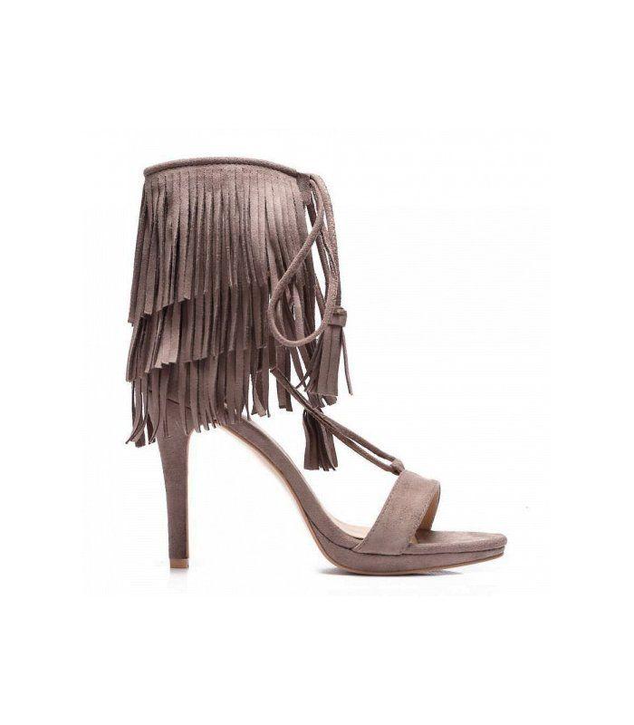 Viazané sandále so strapcami 8125-18KH