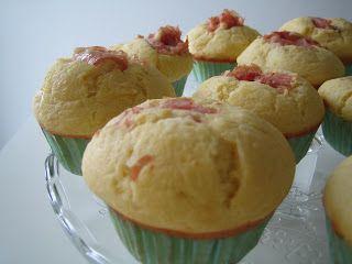 MATRIMONIO IN CUCINA: Muffins salati prosciutto cotto e stracchino