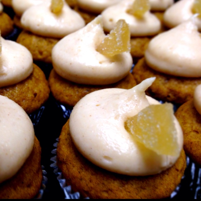 Soft Gingersnaps With White Chocolate Cream Cheese Frosting Recipe ...