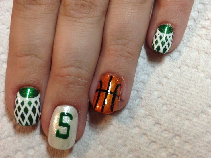 MSU Spartan Basketball Nails #niftynailsbyangi