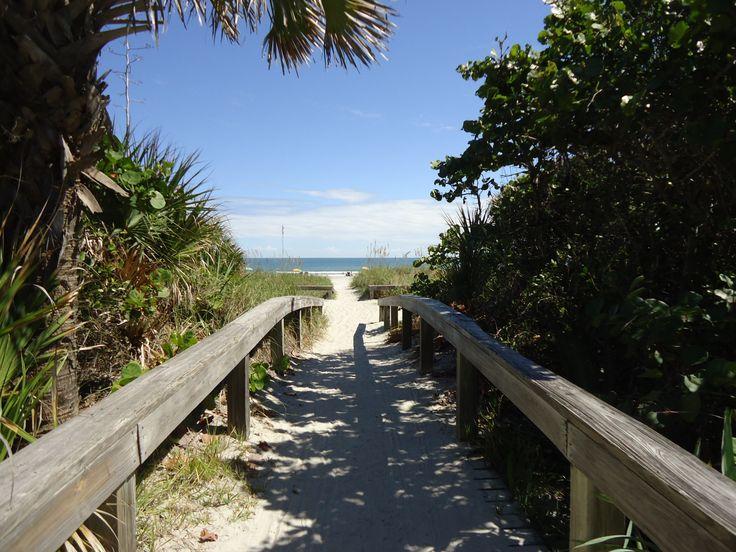 walk to cocoa beach  florida