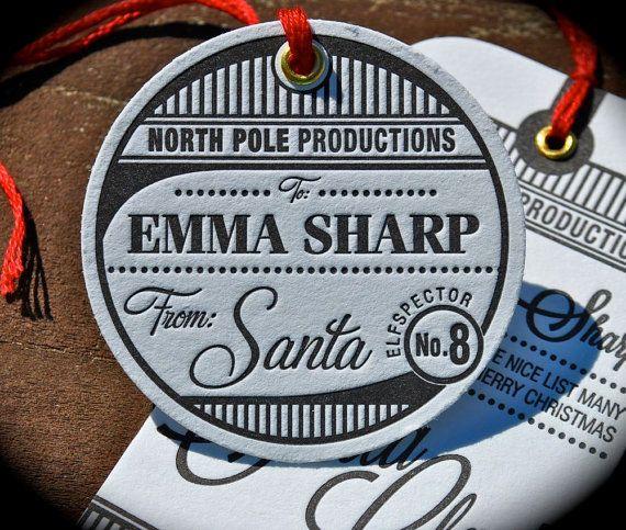 COMMANDE PAR 4 DÉCEMBRE POUR LA LIVRAISON AVANT LE 25E -    Surprenez votre tout-petit avec des balises spéciales du père Noël pour eux ! Ces