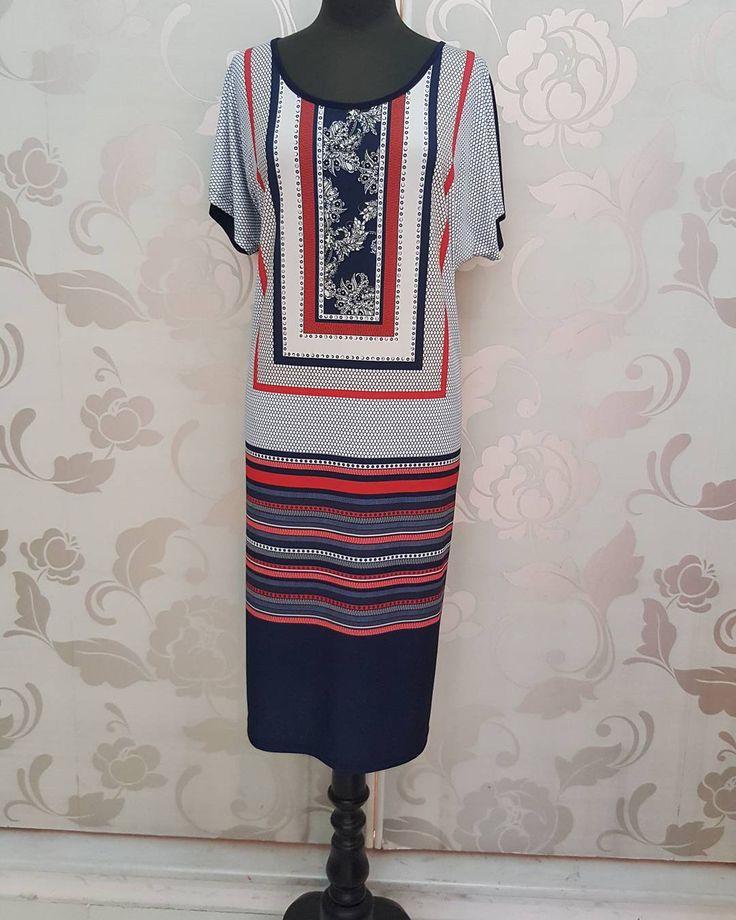 #abito #fantasia #foulard #rosso #signora #valeria #abbigliamento