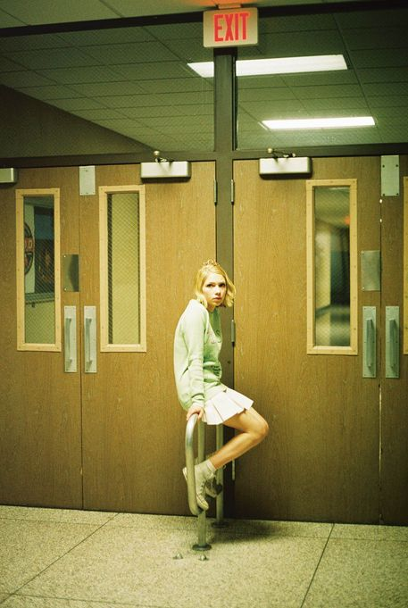 Photoshoot Inspiration // Everyday, Anywhere Style Photography // Tavi Gevinson for i-D Magazine shot by Petra Collins