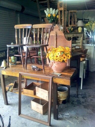 Flawed & fabulous have moved to  The Bakery 10 Victoria St Maitland  NSW 2320  0249345799 0414412473