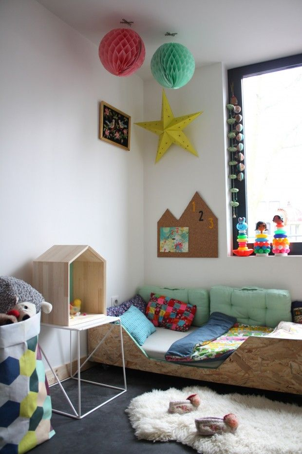Luna Love | A beautiful play space and bedroom via the boo and the boy.