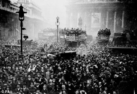 The crowd gathered outside the Stock Exchange and the Bank of England in London after the announcement of the Armistice on 11th November 1918