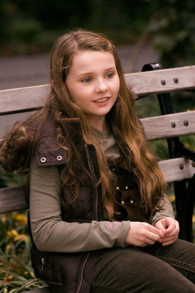 "Abigail Breslin in ""Definitely, Maybe"" and "" my sisters keeper"""