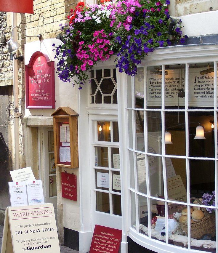 Sally Lunn's Tea Room in Bath, ENGLAND